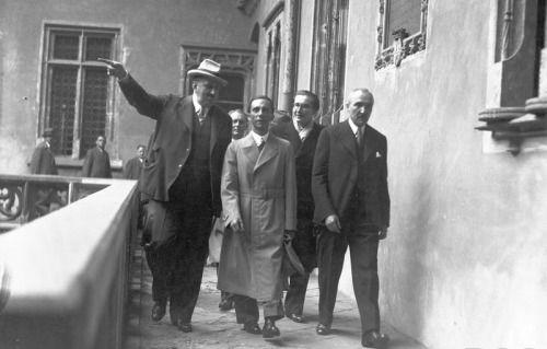 Official visit of the propaganda minister Dr.Joseph Goebbels in Poland, 1934. (via indesirableprincesse)