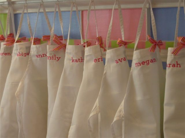 Thinking about a cooking themed party for Adeline's 5th birthday. Taking home a child sized apron that they've decorated sounds like a fun favor.