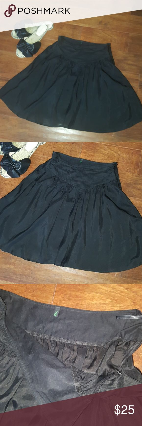 Benetton silk skirt Has a side zipper, silk, worn once maybe. Not lined.  By United Colors of Benetton United Colors Of Benetton Skirts