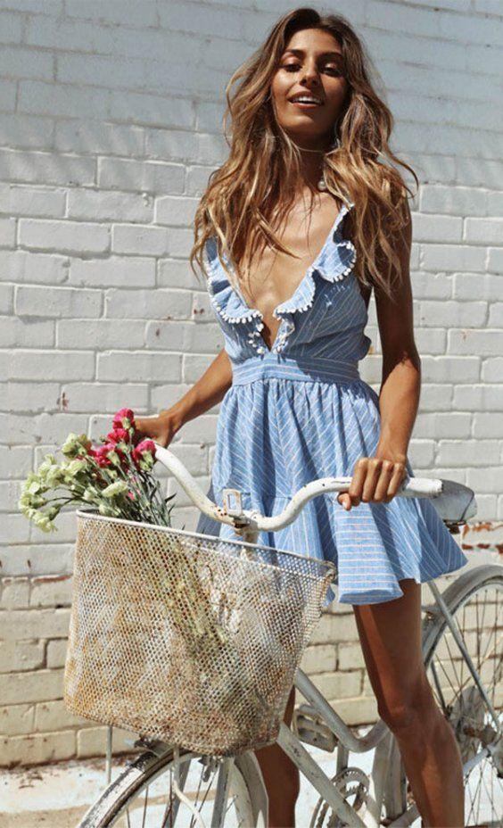 Great summer ruffle dress | Beach trends