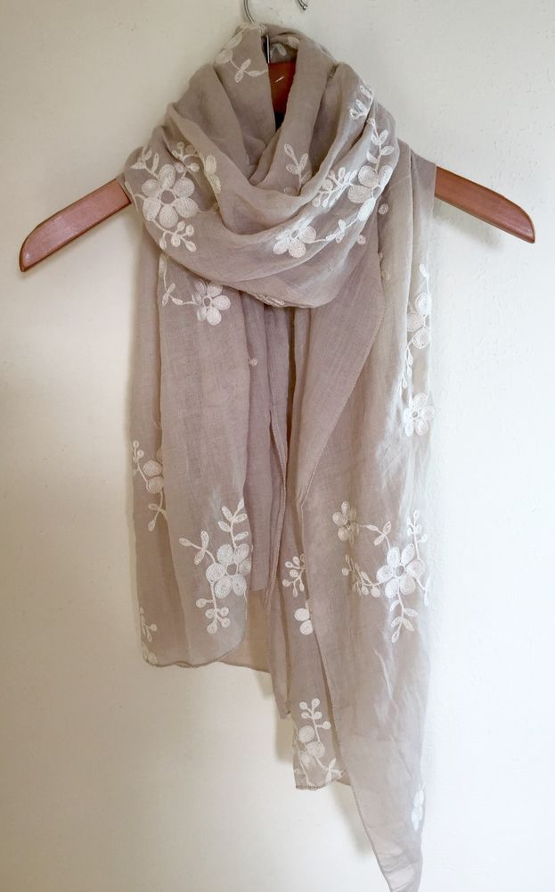 LADIES ELEGANT CREAM WITH IVORY FLORAL EMBROIDERED DESIGN SCARF WRAP NEW IN