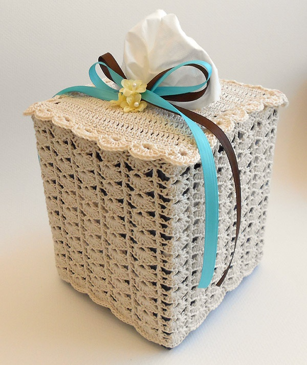 Knitting Pattern Tissue Holder : Crochet Lace Tissue Box Cover Crochet Tissue Box Covers ...