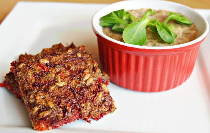 Vegan - paleo krekry  vhodné či už ako obed, desiata, svačinka alebo večera :) Je len na vás, v ktorú časť dňa sa ich rozhodnete prip...