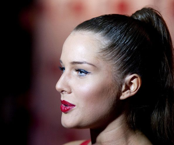 Helen Flanagan Lookbook: Helen Flanagan wearing Cocktail Dress (9 of 9). Helen Flanagan strutted her stuff at the FHM Sexiest Women in the World Awards in a skintight red dress.