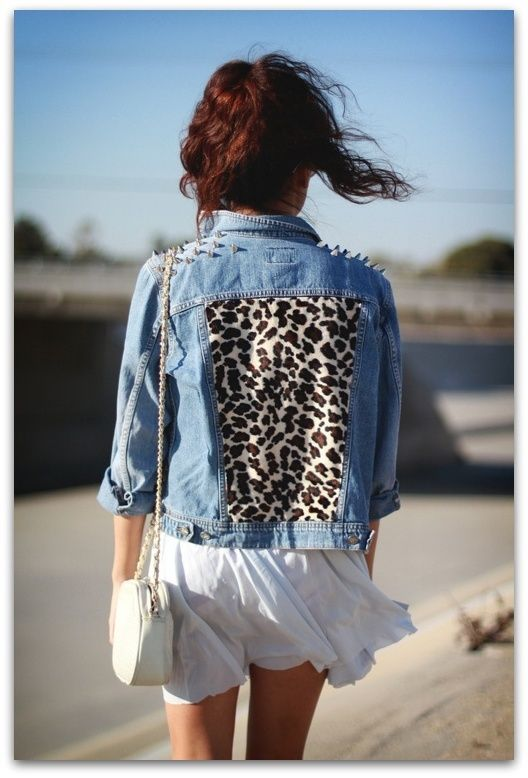 Loove all these DIY looking denim jackets. Taking a trip to Goodwill soon..gonna make a few :D