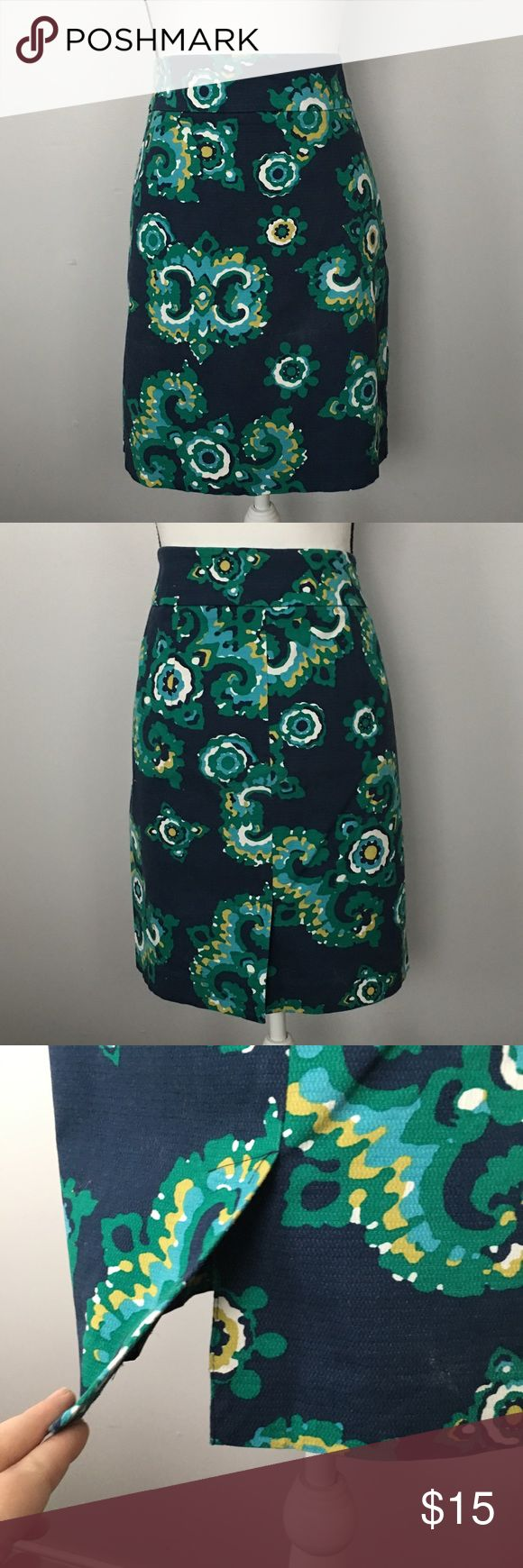 "EUC Merona Navy Blue Floral Pencil Skirt Navy Blue Floral Pencil Skirt Merona Target Size 10 16.25"" Waist (Measured Flat) 20.5"" Long Merona Skirts Pencil"