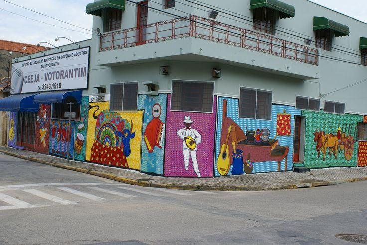 Arte urbana pintura acrílica em parede - Votorantim SP.