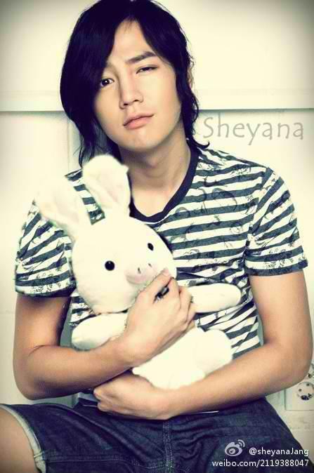 JKS with piggybunny. ^_^