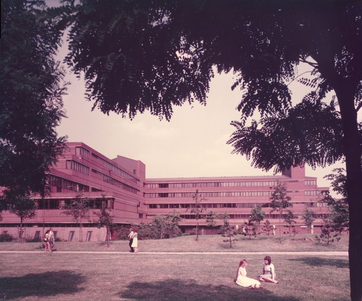 In 1972, the University created a Management Centre as a response to national needs for management education, but it soon outgrew its accommodation (inconveniently sited off-campus in the Maples Building, Corporation Street). A new building (pictured) was designed by Sir Basil Spence and named the Nelson Building Management Centre, after the Chancellor, Lord Nelson of Stafford. This pic is undated, but was probably taken in the #1970s. #AstonUniversity