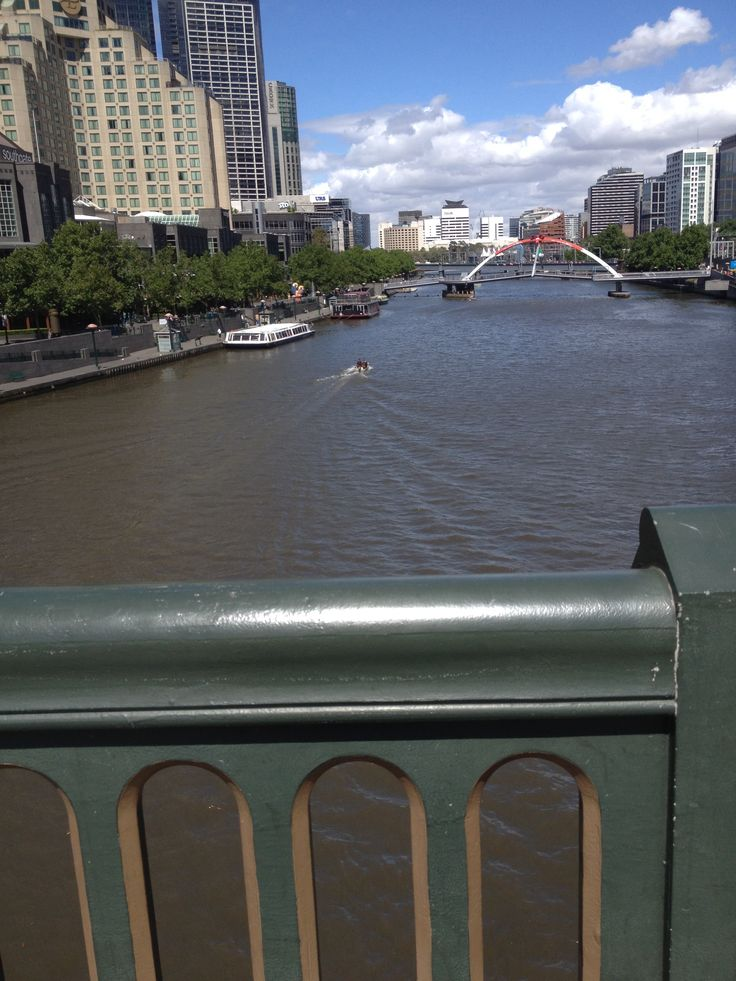 Walking the city of melbourne. Crossing the yarra river. Victoria Australia