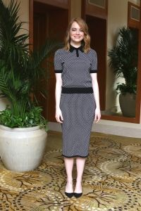 Emma Stone at Irrational Man Press Conference. Modest doesn't mean frumpy! www.ColleenHammond.com