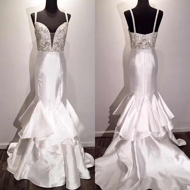 35 best Ellie Wilde Dresses images on Pinterest   Prom dresses ...