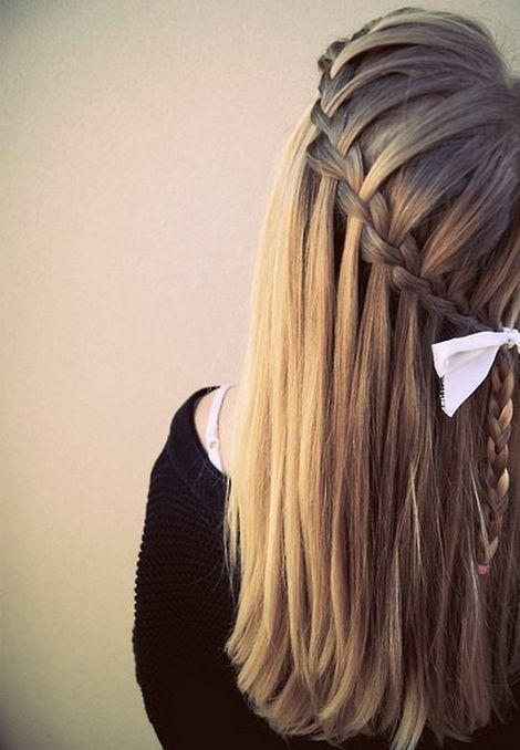 Прическа на длинные волосы легкая