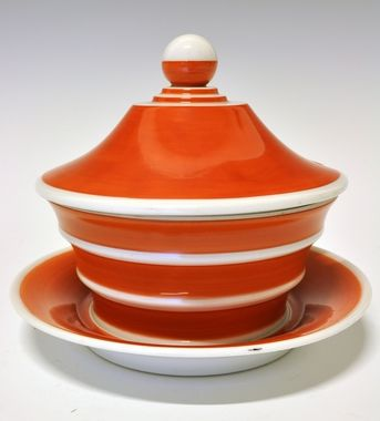 Soup-tureen by Nora Gulbrandsen for Porsgrund Porselen. Production year 1931.