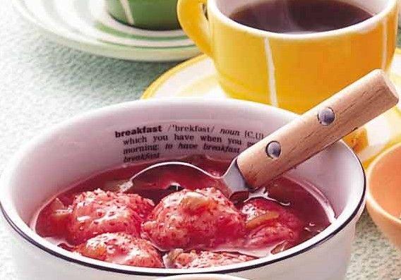 イチゴジャムに梅酒と梅の実を入れることで、シャキシャキとした食感も楽しめます! - 183件のもぐもぐ - 梅酒のイチゴジャム by チョーヤ梅酒