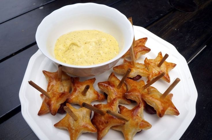How To Make Star-Shaped Pigs In A Blanket
