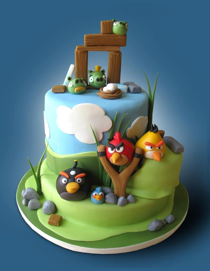 Images Of Angry Birds Cake : 17 Best images about Boy s cake no.2 on Pinterest Thomas ...