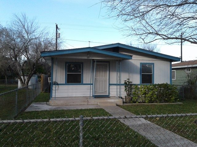 Nice Home For Sale! Call (956) 682-3131 to schedule a showing today!  MLS# 216625 121 E Garcia Street, Pharr