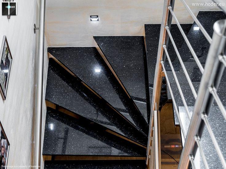 Nowoczesne schody kamienne czerń #kamień #granit #wnętrza #interior #design