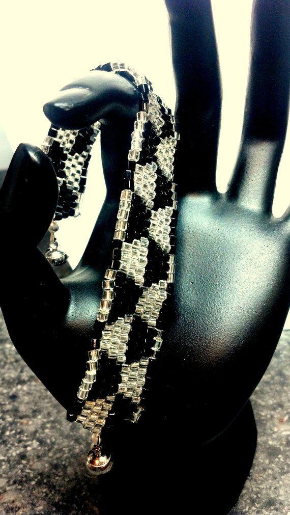 Black and White #Trapezoid #Bracelet by teresadelosh on Etsy, $40.00