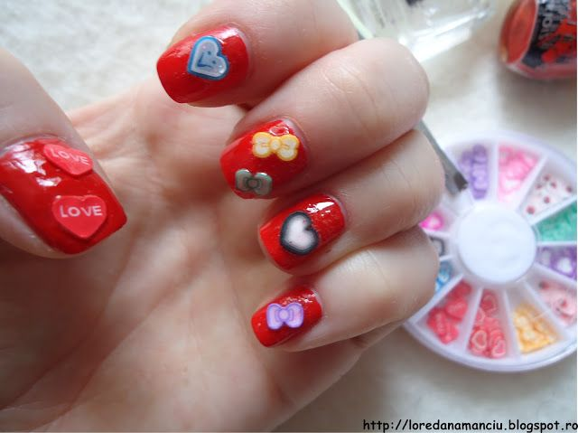 Lory's Blog: NOTD: Red nails with hearts and bows