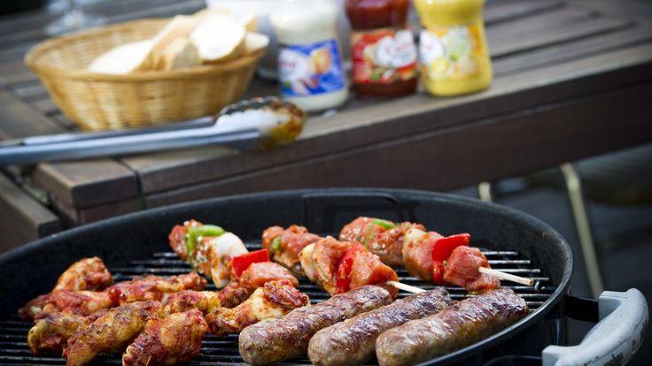 'Barbecuesauzen bevatten zeven suikerklontjes' | NU - Het laatste nieuws het eerst op NU.nl