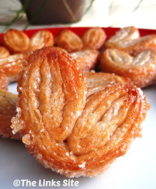 Sweet and Crunchy Cinnamon Palmiers - These would be a lite sweet treat for Christmas morning! The Links Site