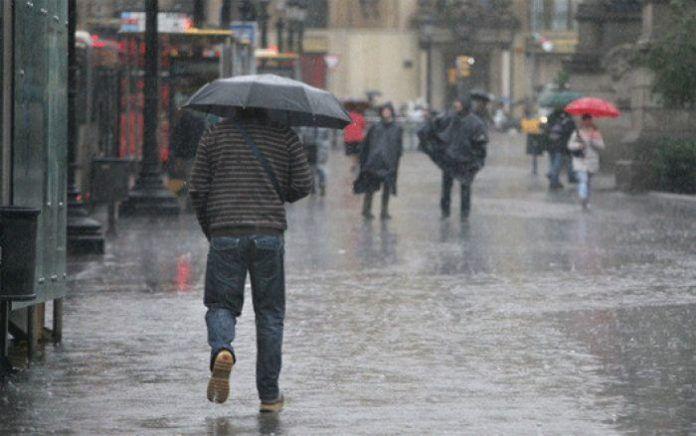 COPECO: posible huracán camino a Honduras  Según COPECO existen posibilidades de que se desarrolle un Huracán que afectaría a Honduras.