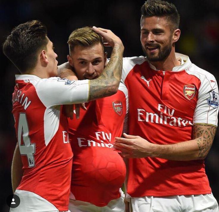 Aaron Ramsey celebrates his goal by dedicating to his baby that is due on a few weeks! :) #Arsenal #aaronramsey