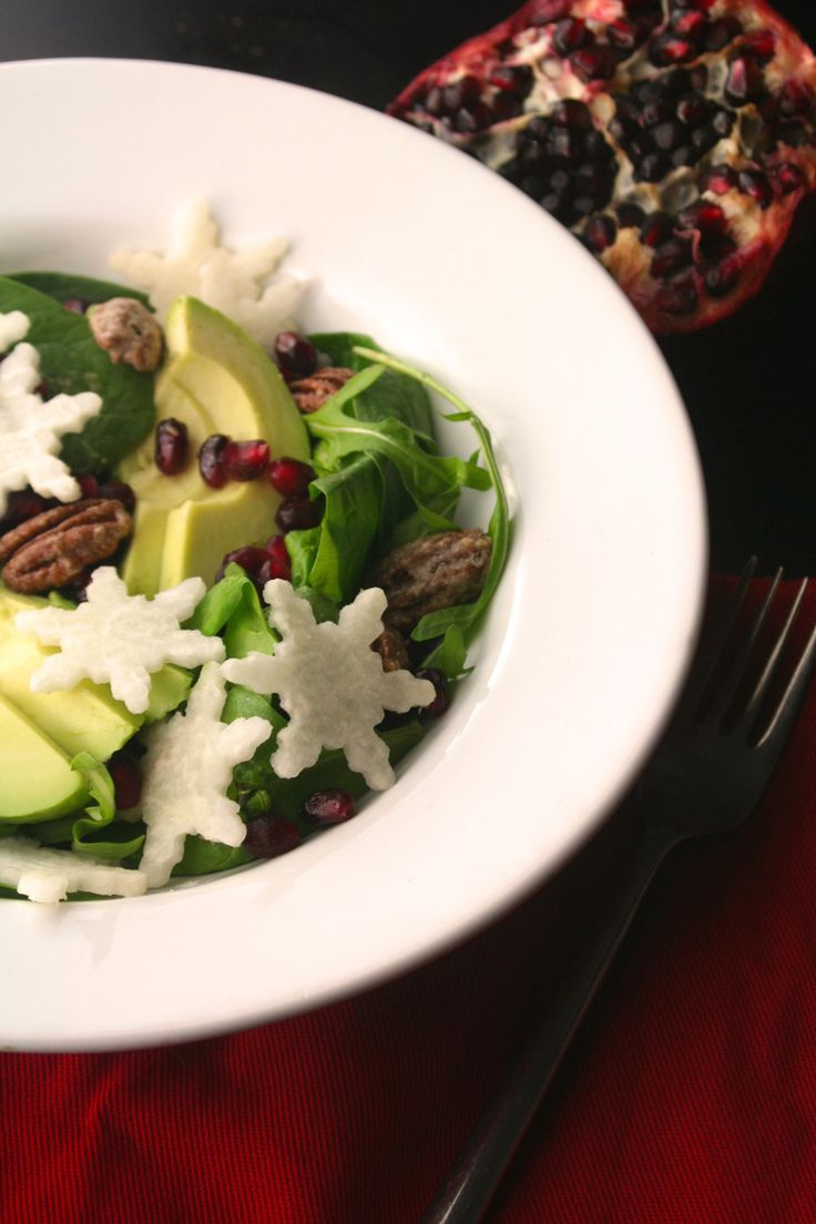 Holiday Snowflake Salad - Perfect for a Christmas dinner party!