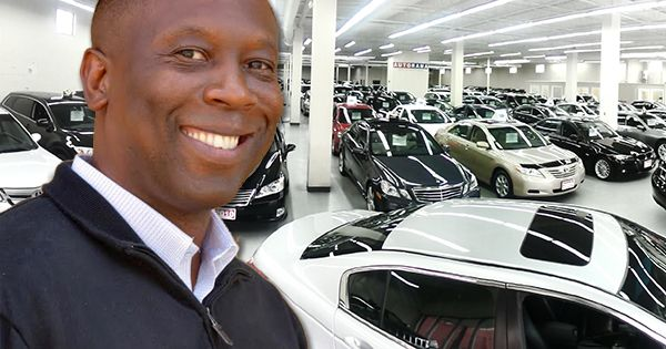 Tracey Watts, founder of CarMarshal.com - Black Entrepreneur Launches Online Service to Help Car Buyers Find the Best Deals