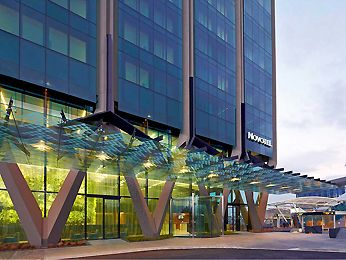 The Novotel Auckland Airport hotel.  Possible choice of accommodation for the bridal party and any guests who need it, for the night before the wedding.  This is a 4 star hotel. This is close to a possible ceremony and reception venue - Abbeville Estate.