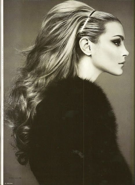 The Fall ~ hair extension used to create fuller hair, popular in the 60s. Love.