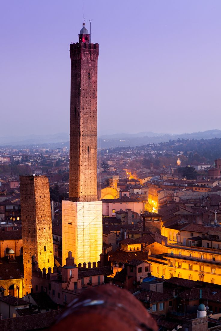 Towers (Garisenda,Asinelli) from the tower (Prendiparte), in Bologna by Loris Albanese on 500px