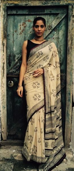 Kora Tarazu Hand Block Printed Mul Cotton Saree