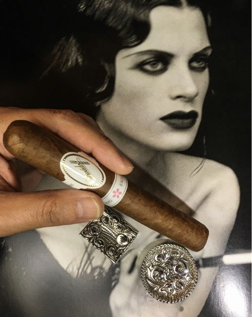 Act like a classic movie star…Davidoff Tokyo Sakura Limited Edition cigar with