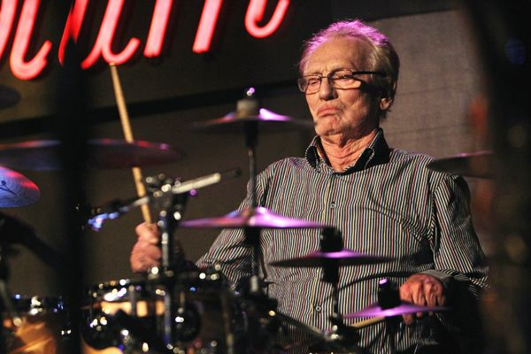 Ginger Baker performs in New York City. Rolling Stones interview ....he's still the same & I wouldn't have it any other way !