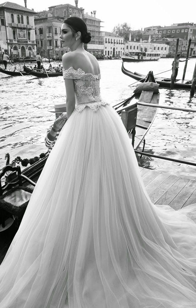 No manches este vestido está increíble. Increíble. Y pensar que existen los feos vestidos de novias.
