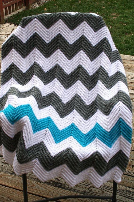 Crochet Pattern For Chevron Blanket : Chevron Crochet Afghan (Blue, Grey Grey, Striped scarves ...