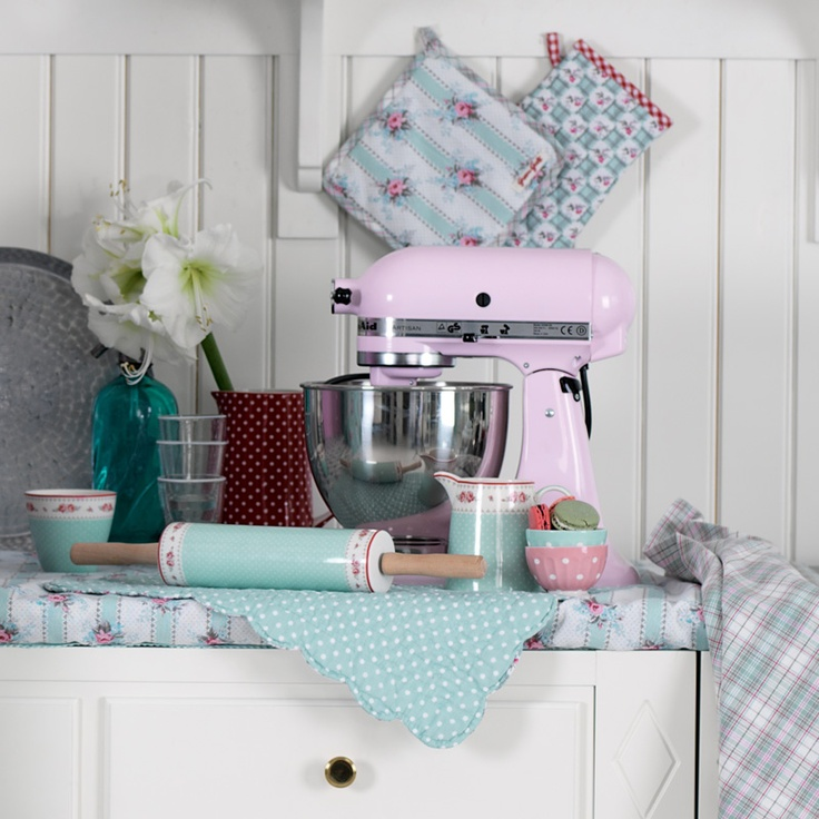 17 best images about kitchen love on pinterest measuring spoons high tea and pantry. Black Bedroom Furniture Sets. Home Design Ideas