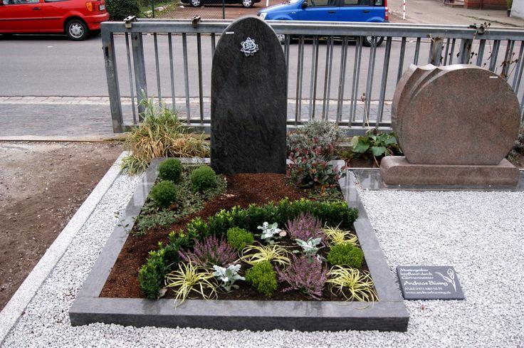 Mustergrab | Ausstellung Lindenstrasse - Stand 2012 | bepflanzt durch Gärtnermeister Andreas Büsing