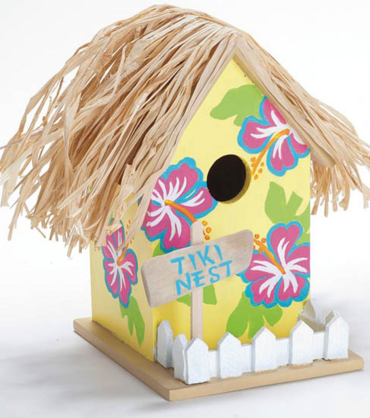 Forget a traditional #birdhouse --- make a tiki birdhouse for the summer! #kidscrafts13
