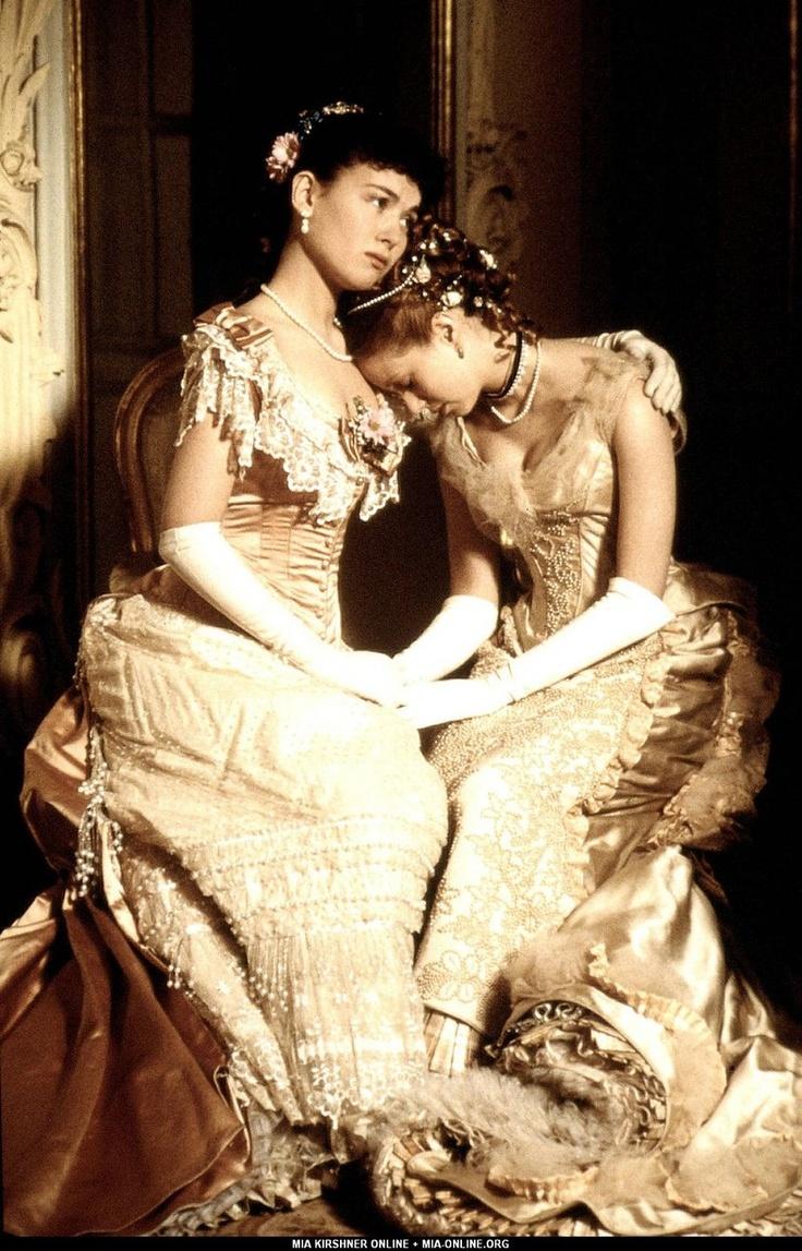 Sophie Marceau and Mia Kirshner in Anna Karenina 1997