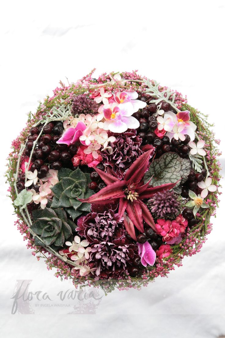 #bridal #bouquet by #Ingela #Waismaa @Floravaria #häät #lehti #talvi-kevät2015 #floravaria