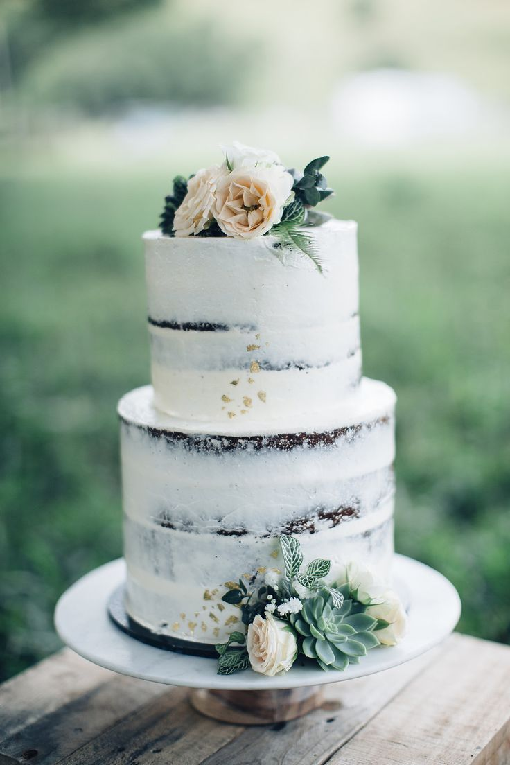 outdoor wedding cake best 20 wedding inspiration ideas on 18078