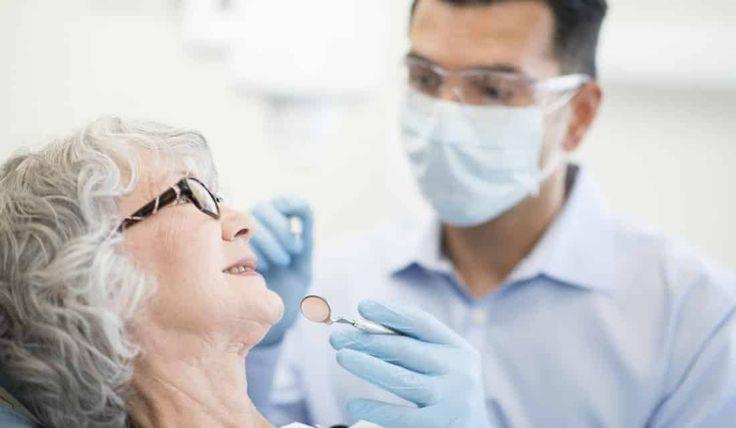 La parodontose place les femmes matures à un risque accru de cancer