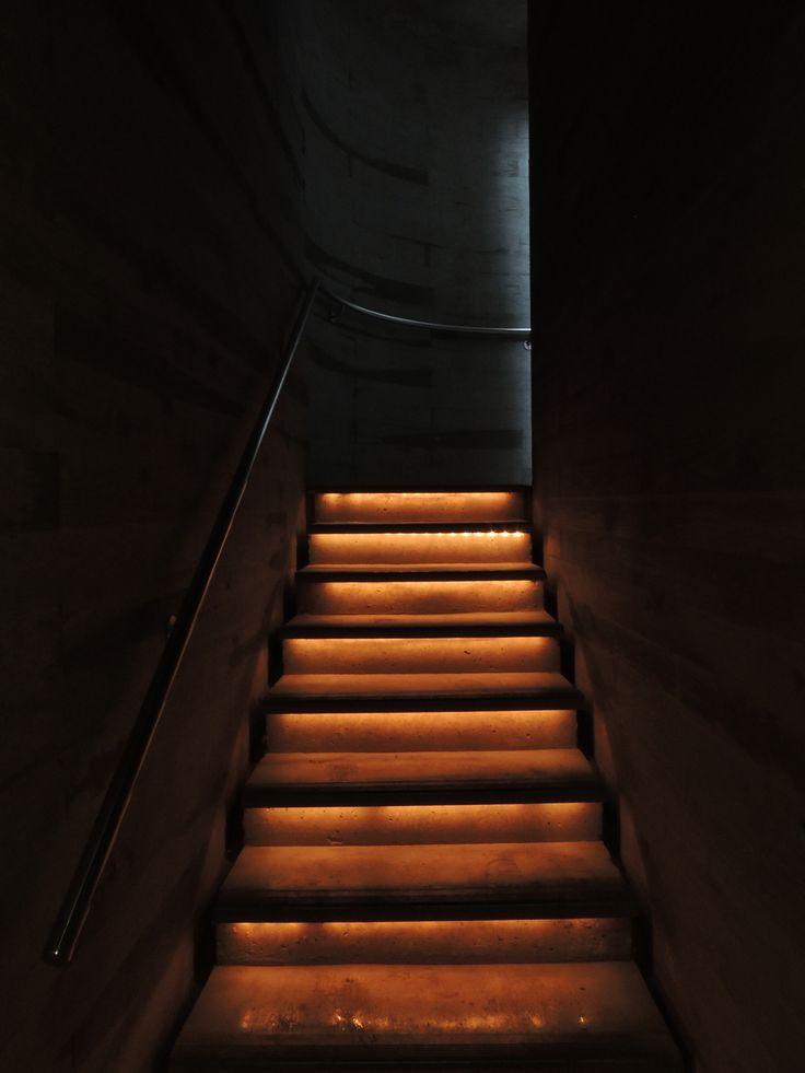 Escaleras de las Bodegas López de Heredia en Haro, La Rioja.