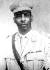 Mohamed Siad Barre (Somalia) Millioner døde: 0,8 Omkr. 500 klaner udgør Somalia, virkelighedens svar på Mad Max-filmene. S.B. ledede en form for regering som stod bag massakrer, invasionskrig mod Ethiopien, forgiftning af brønde og andre fornuftige tiltag.