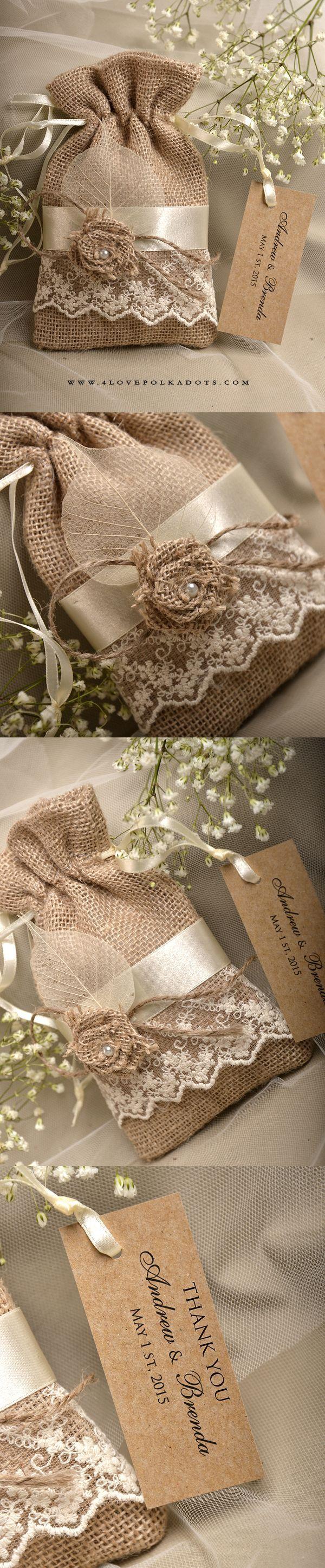 Handmade Burlap Favor Bag #rustic #barn #countrywedding