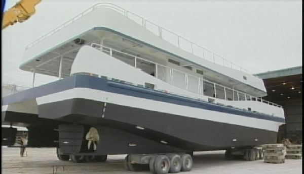 Vessels to replace Maid of the Mist on the Canadian side